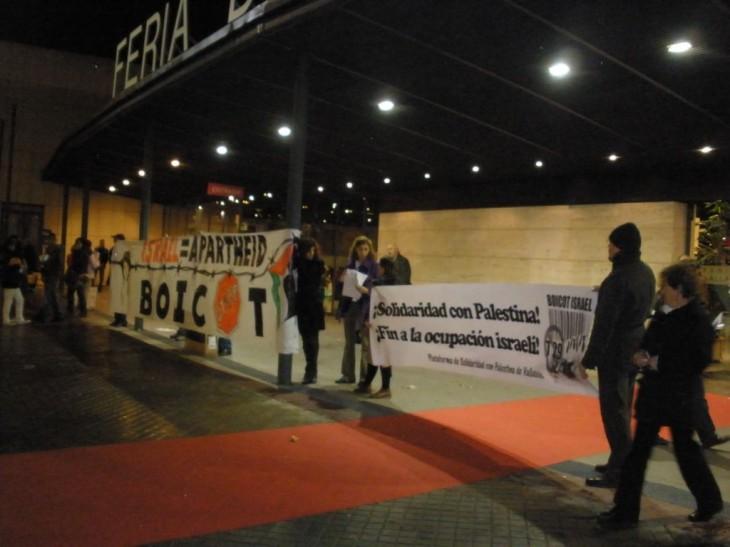 Acción en 2009 de boicot a Israel durante la feria INTUR (Valladolid)