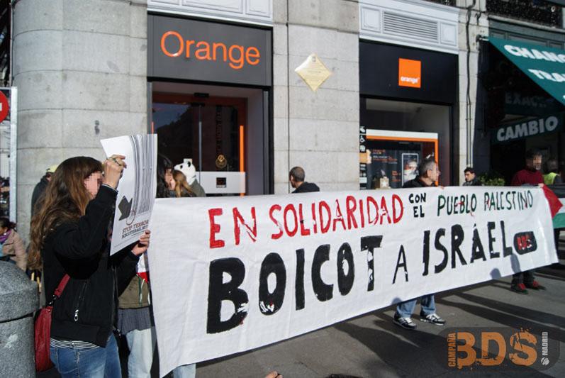 Acción de boicot a ORANGE en la Puerta del Sol.