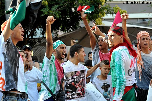 Concentración en Terrassa contra la masacre israelí sobre Gaza / Alberto Tallón