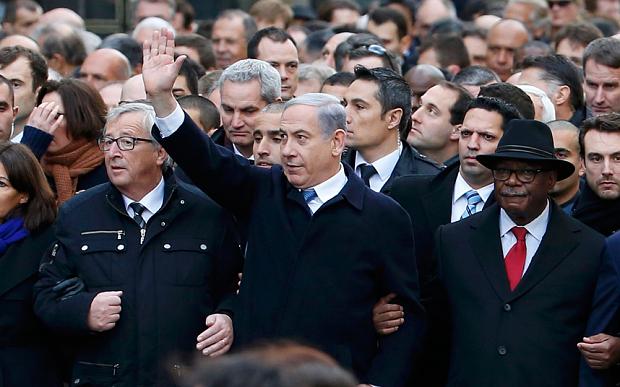 Benjamin Netanyahu ridiculizado por su aparición en la marcha de París / Yves Herman/Reuters